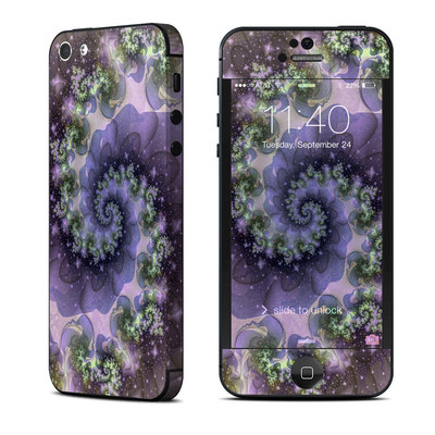 Apple iPhone 5 Skin - Turbulent Dreams