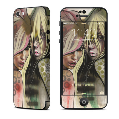 Apple iPhone 5 Skin - Two Betties