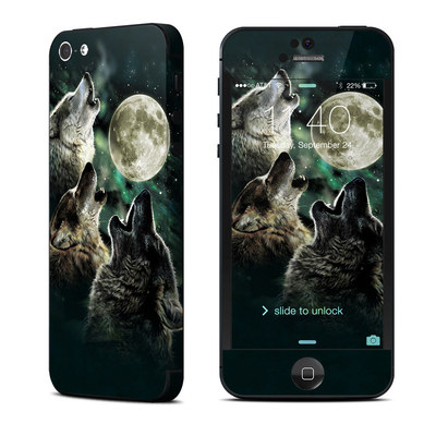 Apple iPhone 5 Skin - Three Wolf Moon
