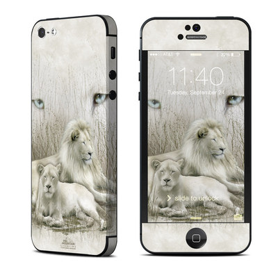 Apple iPhone 5 Skin - White Lion