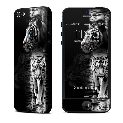 Apple iPhone 5 Skin - White Tiger