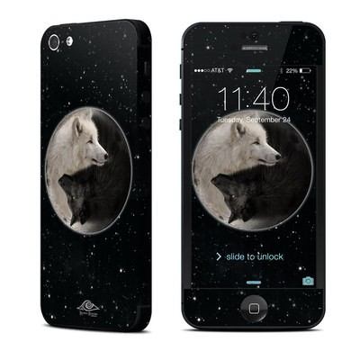 Apple iPhone 5 Skin - Wolf Zen