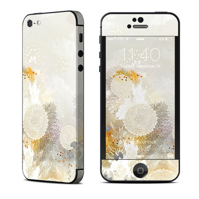 Apple iPhone 5 Skin - White Velvet