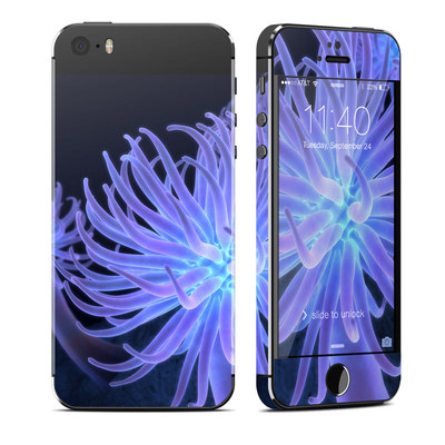 Apple iPhone 5S Skin - Anemones
