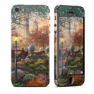 Apple iPhone 5S Skin - Autumn in New York