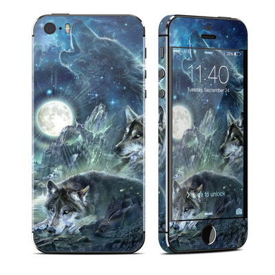 Apple iPhone 5S Skin - Bark At The Moon