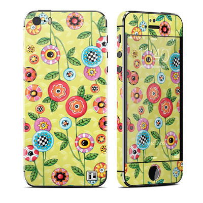 Apple iPhone 5S Skin - Button Flowers