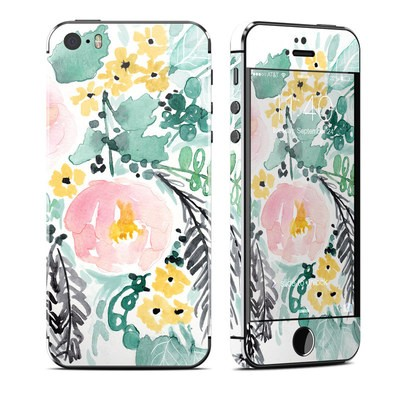 Apple iPhone 5S Skin - Blushed Flowers