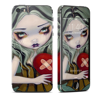 Apple iPhone 5S Skin - Broken Heart