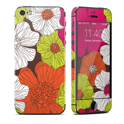Apple iPhone 5S Skin - Brown Flowers