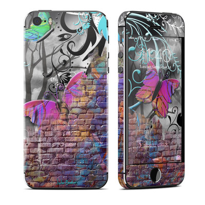 Apple iPhone 5S Skin - Butterfly Wall