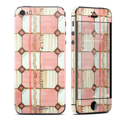 Apple iPhone 5S Skin - Chic Check