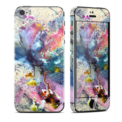 Apple iPhone 5S Skin - Cosmic Flower