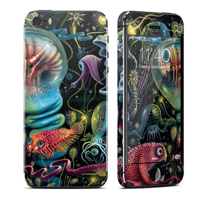 Apple iPhone 5S Skin - Creatures