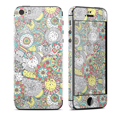 Apple iPhone 5S Skin - Faded Floral