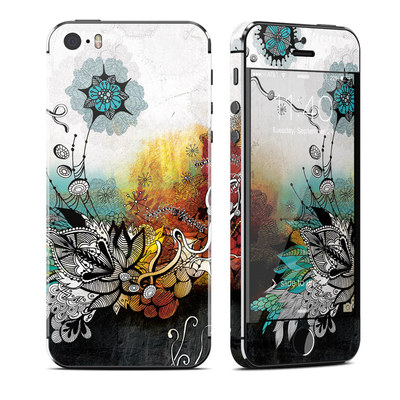 Apple iPhone 5S Skin - Frozen Dreams