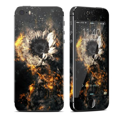 Apple iPhone 5S Skin - Flower Fury
