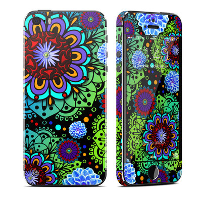 Apple iPhone 5S Skin - Funky Floratopia