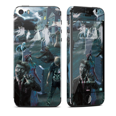 Apple iPhone 5S Skin - Graveyard