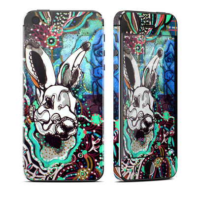 Apple iPhone 5S Skin - The Hare