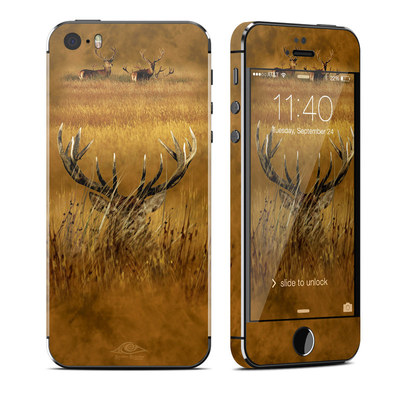 Apple iPhone 5S Skin - Hiding Buck