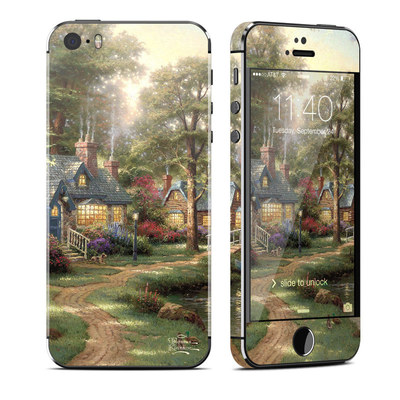 Apple iPhone 5S Skin - Hometown Lake