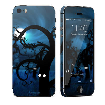 Apple iPhone 5S Skin - Midnight Forest