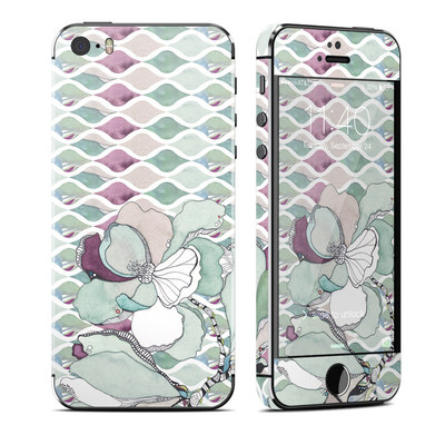 Apple iPhone 5S Skin - Nouveau Chic