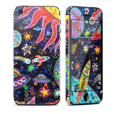 Apple iPhone 5S Skin - Out to Space