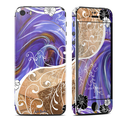 Apple iPhone 5S Skin - Purple Waves