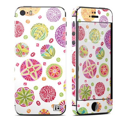 Apple iPhone 5S Skin - Round Flowers