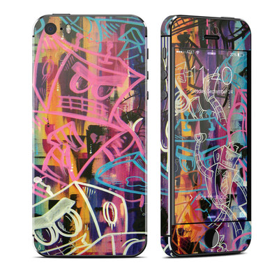 Apple iPhone 5S Skin - Robot Roundup