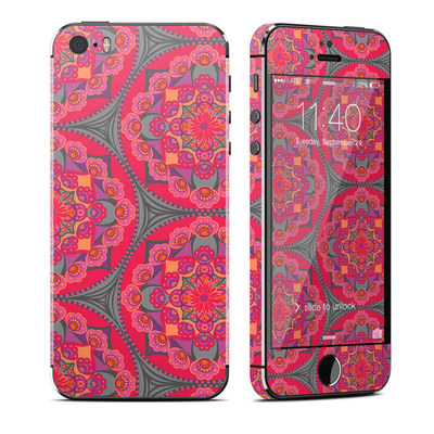 Apple iPhone 5S Skin - Ruby Salon