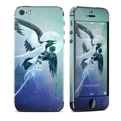 Apple iPhone 5S Skin - Saint Corvus