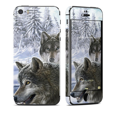 Apple iPhone 5S Skin - Snow Wolves