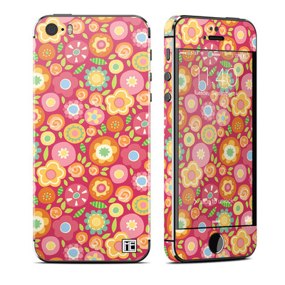 Apple iPhone 5S Skin - Flowers Squished
