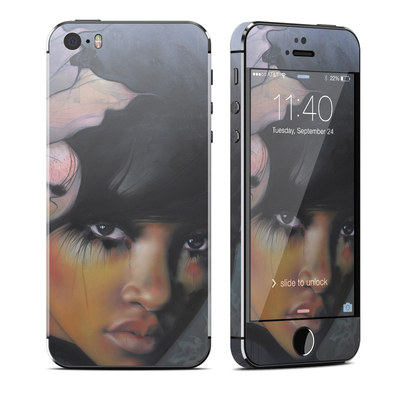 Apple iPhone 5S Skin - Stashia