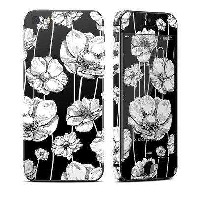 Apple iPhone 5S Skin - Striped Blooms