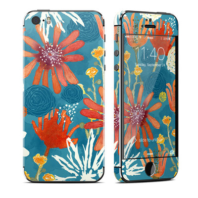 Apple iPhone 5S Skin - Sunbaked Blooms