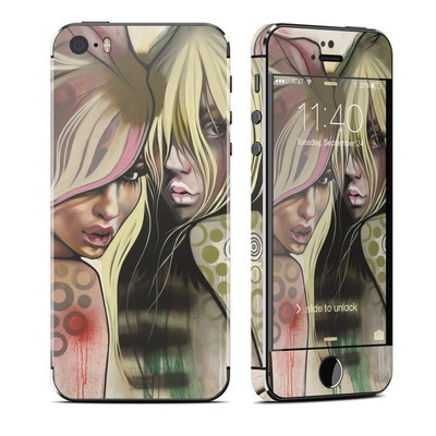 Apple iPhone 5S Skin - Two Betties
