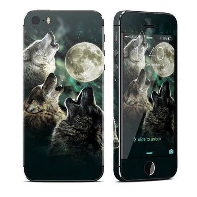 Apple iPhone 5S Skin - Three Wolf Moon