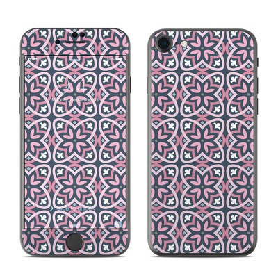 Apple iPhone 7 Skin - Adriana