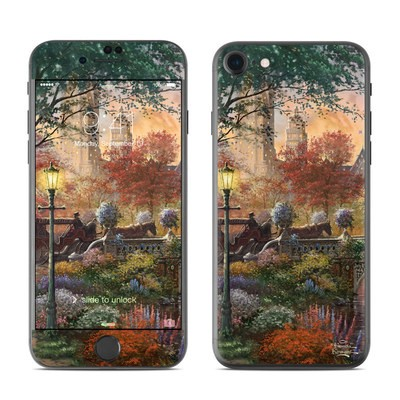Apple iPhone 7 Skin - Autumn in New York
