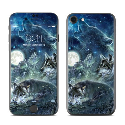 Apple iPhone 7 Skin - Bark At The Moon