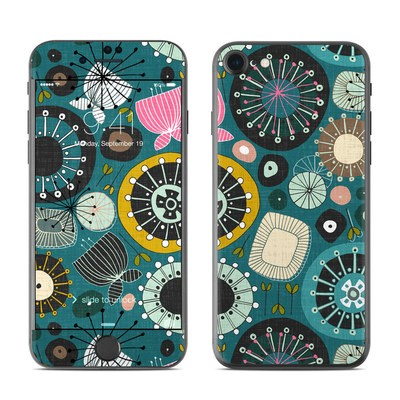 Apple iPhone 7 Skin - Blooms Teal