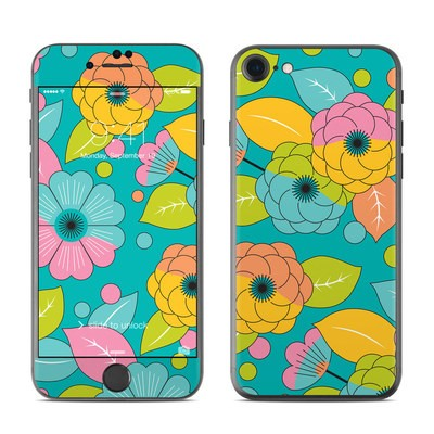Apple iPhone 7 Skin - Blossoms