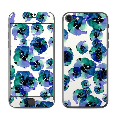 Apple iPhone 7 Skin - Blue Eye Flowers