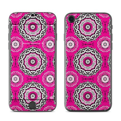 Apple iPhone 7 Skin - Boho Girl Medallions