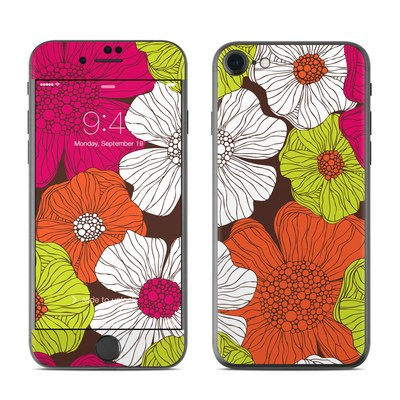 Apple iPhone 7 Skin - Brown Flowers