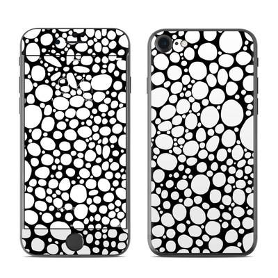 Apple iPhone 7 Skin - BW Bubbles